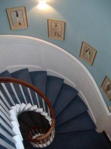 hawks_club_staircase-338x450